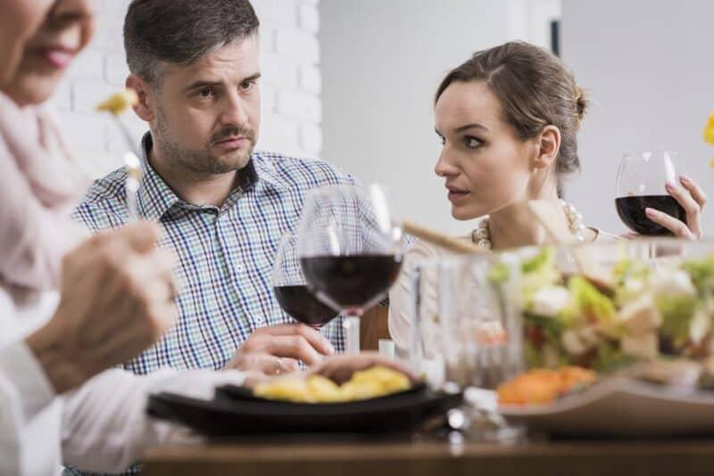 Las razones más comunes por las que las parejas se pelean: familiares
