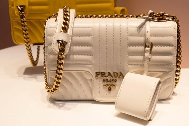 Las marcas de bolsos más caras - Prada