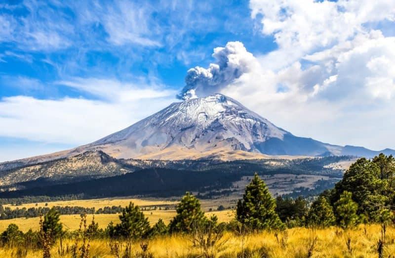 10 volcanes más impresionantes del mundo 1