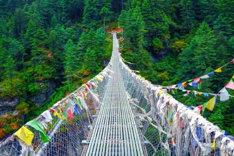 Los puentes más peligrosos - puente colgante de Ghasa