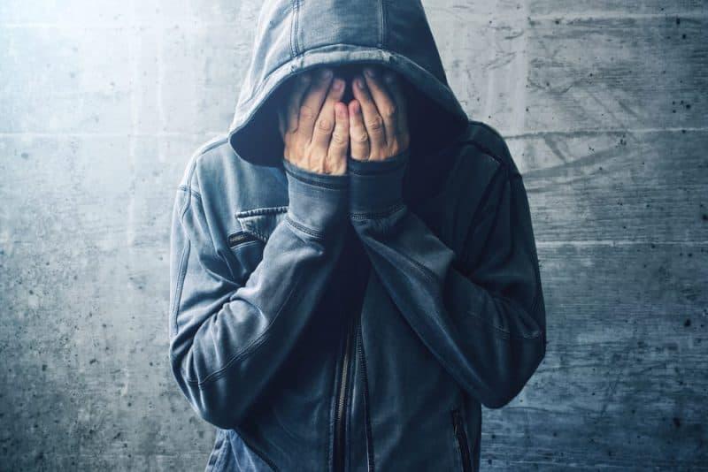 Las razones más comunes por las que las personas consumen drogas: para hacerte sentir bien