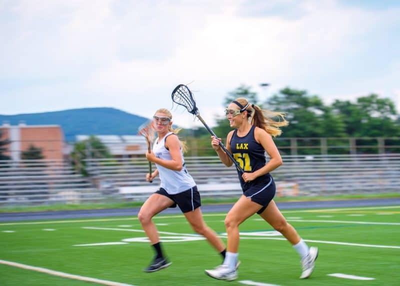 Deportes más populares para niñas - lacrosse