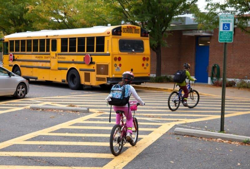 Los productos más peligrosos de la escuela: bicicletas