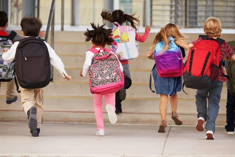 Los productos más peligrosos de la escuela: escaleras