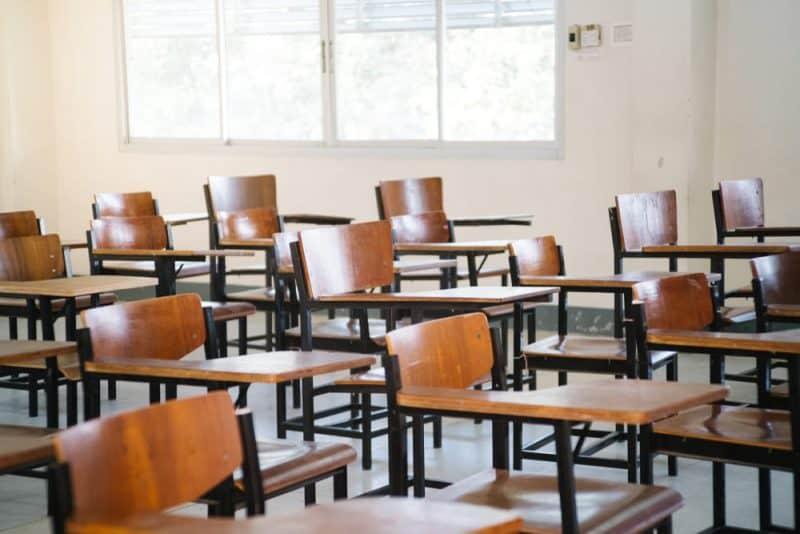 Los productos más peligrosos en la escuela: sillas y sofás