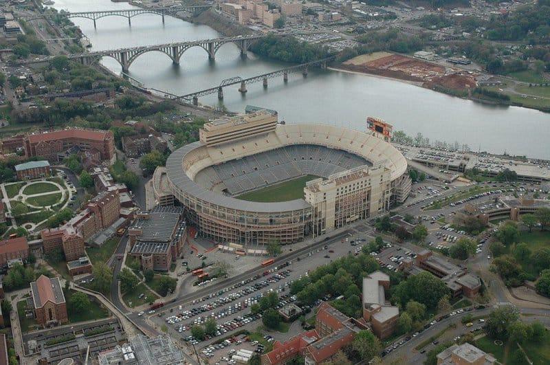 Estadio Neyland: los estadios más grandes del mundo