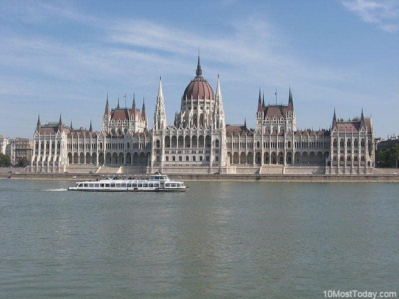 10 edificios del parlamento más bellos 1