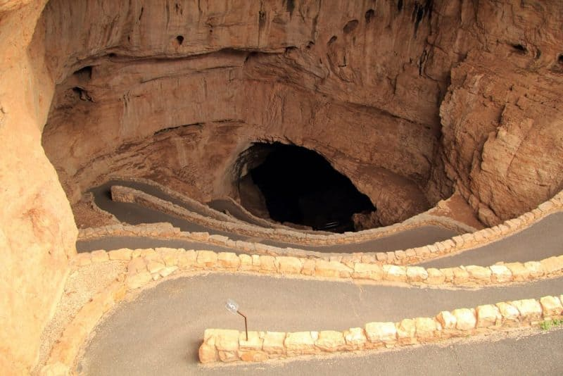 Cavernas de Carlsbad: las cuevas subterráneas más populares