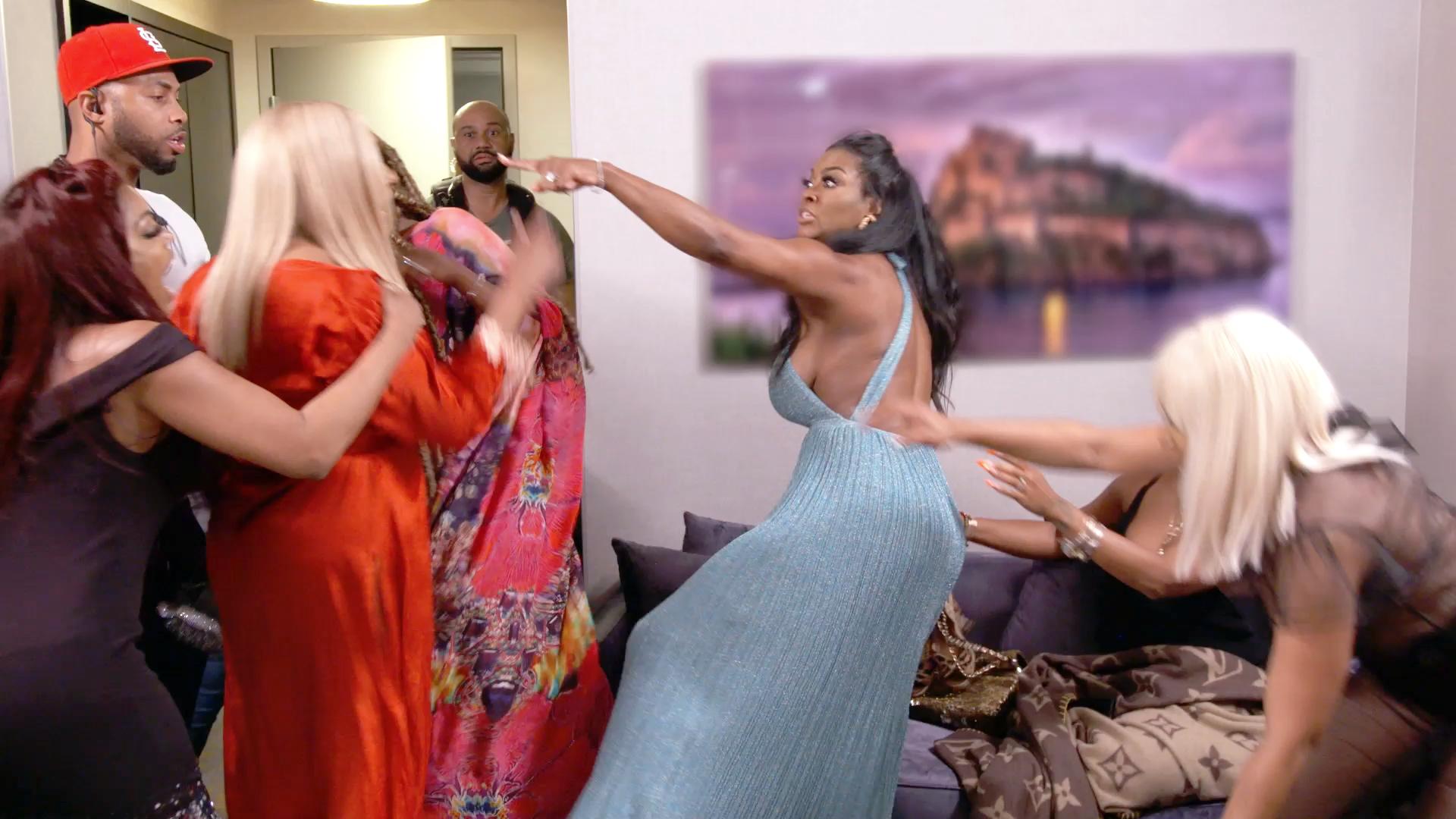 ¿Cuándo comienza el episodio 7 de la temporada 12 de The Real Housewives of Atlanta? 1