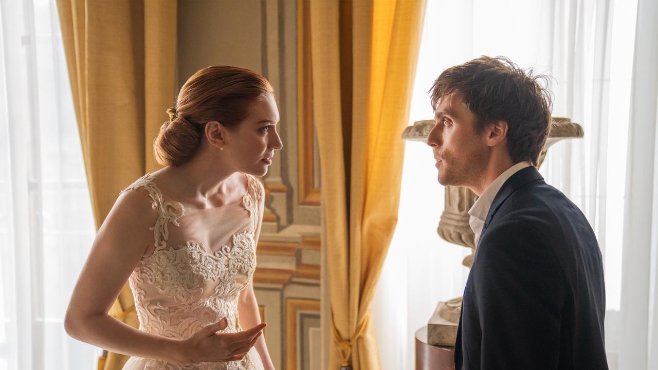 ¿En qué se basa 'Love Wedding Repeat'? 1