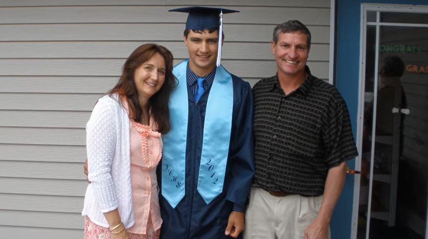 ¿Dónde están ahora los padres de Andrew Sadek? 1