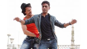 12 actores de Bollywood que son peores bailarines 4
